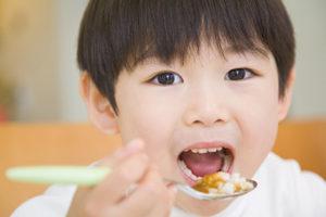 小児歯科では食育を推進